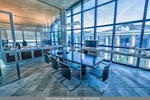 عکس معماری مدرن ساختمان تجاری شیشه ای