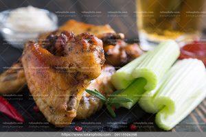 عکس خوراک مرغ باکرفس