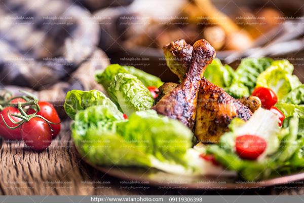عکس خوراک مرغ وسبزیجات