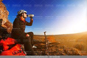 عکس دوچرخه سواری بیابانی