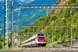 عکس قطار بین شهری