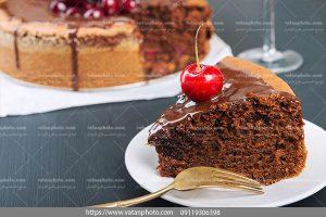 عکس کیک اسفنجی شکلاتی