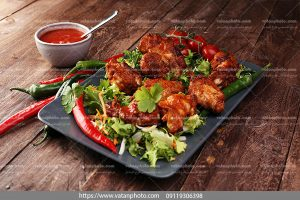 دانلود عکس خوراک مرغ با سس فلفلی